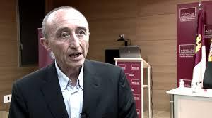 """Fernando Lamata: """"Con la vacuna hemos capitulado ante la industria farmacéutica"""""""